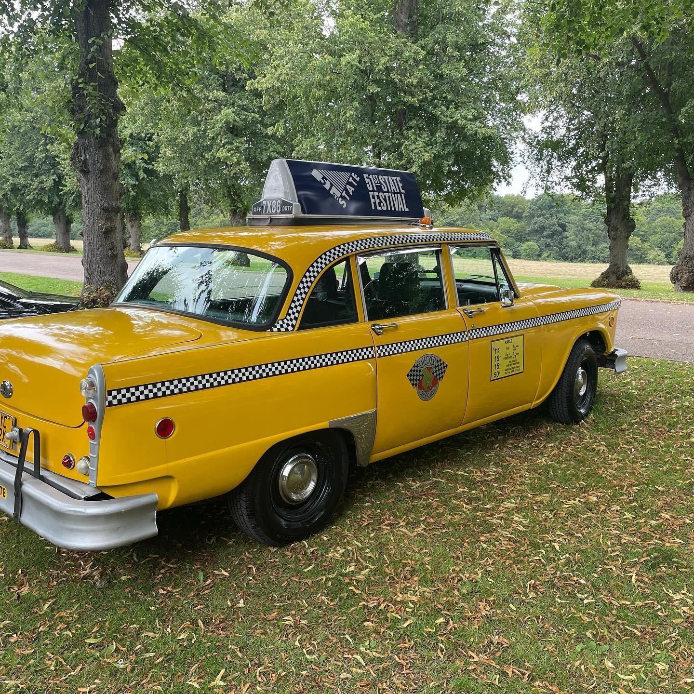 New-York-taxi-photobooth-9