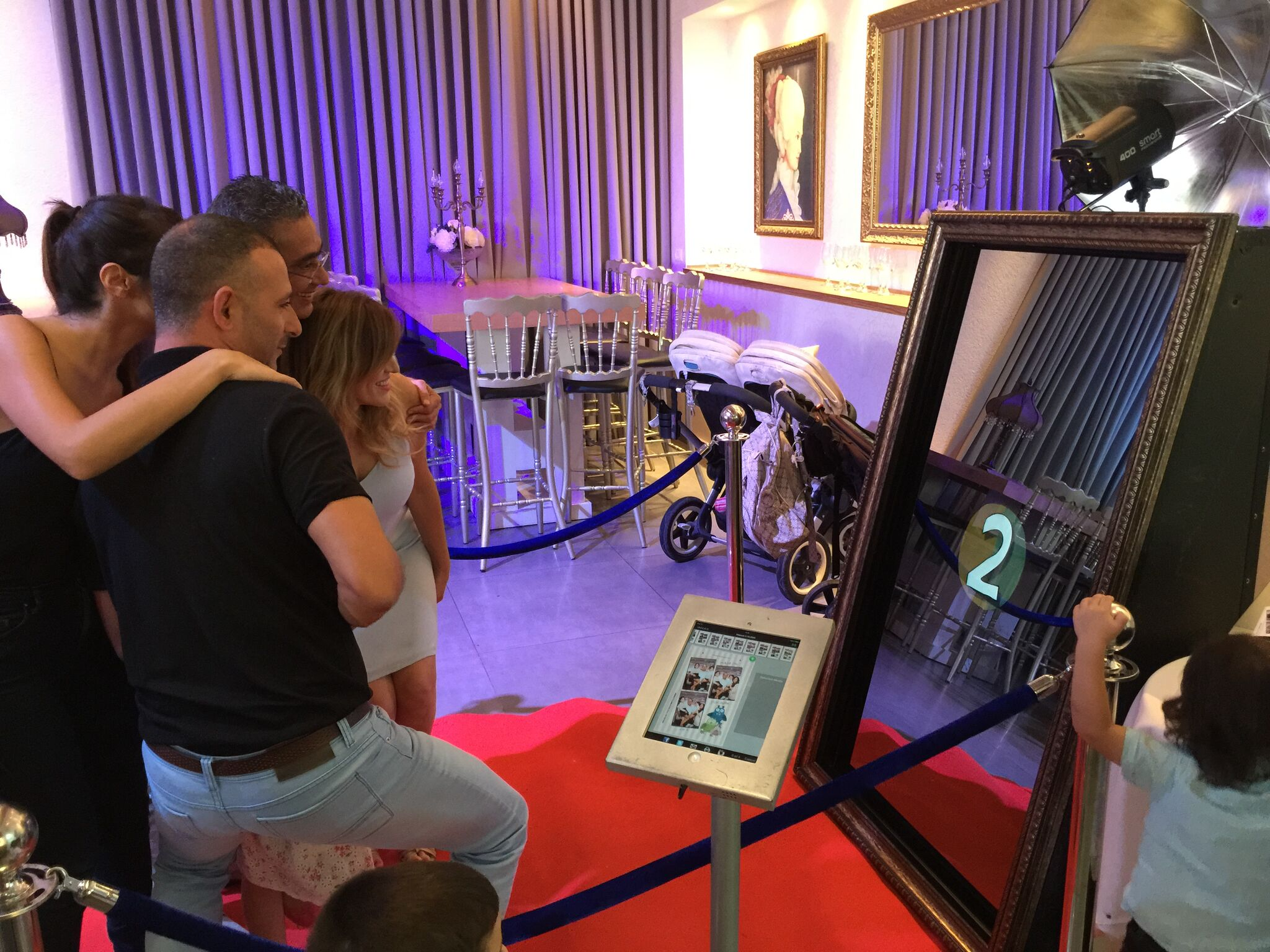 Photo Booth Magic Mirror Gallery In London Hertfordshire